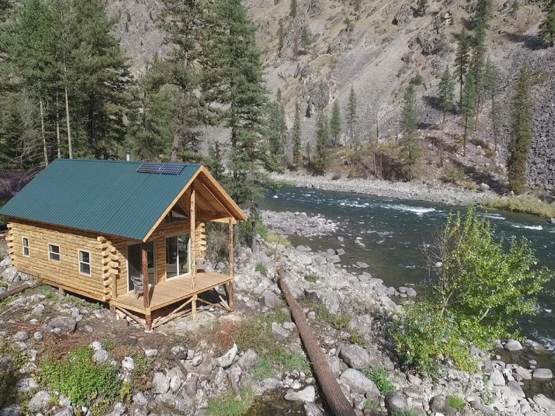 China bar lodge and vacation rental in the idaho wilderness for Riggins idaho cabin rentals